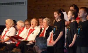 Singing Intergenerational Dec 2011 (5)